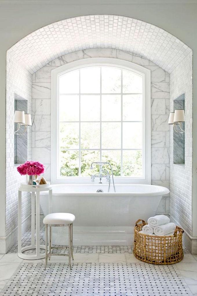 all-white, marble, bathroom, designfix