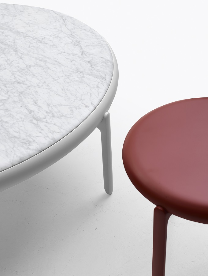 round side tables, marble side table, red side table, circles, designfix, design fix, middle eats design blog, dubai design blog, Saloen del Mobile, Made in Italy