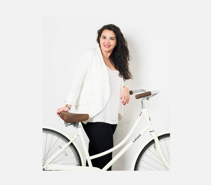 Ayah Al Bitar, Wisada, Saudi Arabian designer, Saudi Arabian designs, seating designs, bicycle seat, floor cushions, desert cushions, DesignFix, design fix, Dubai design blog,