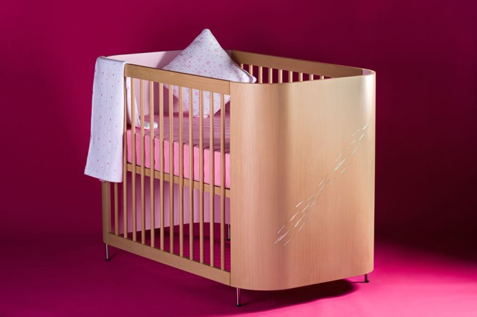 Misk, Embrace Luck Crib, nursery furniture, new baby, baby, nursery, newborn, baby home accessories, baby bedding, cot, cradle, bassinet, mother of pearl, beech wood
